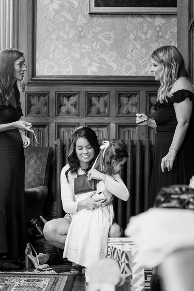 Annie-Conor_Wedding-Day_Preview_011-1