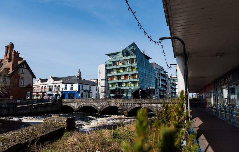 The Glasshouse and Hyde Bridge, Sligo Town.